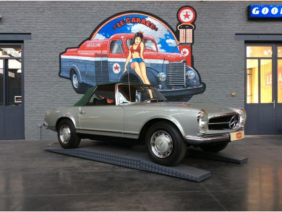 Mercedes Pagode 220 sl